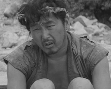 Minoru Chiaki as Tahei